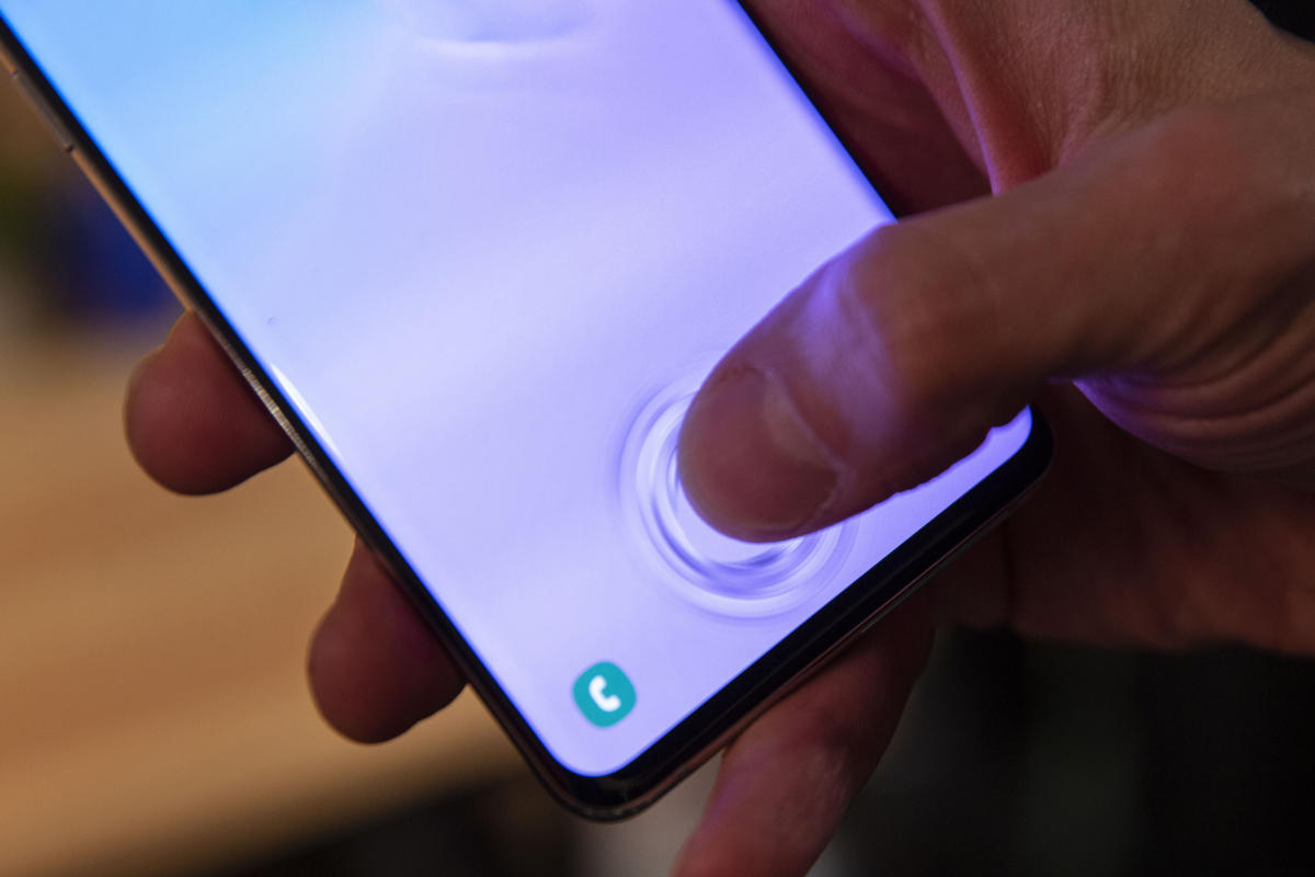Samsung Galaxy S10 Blacklisted After Fingerprint Vulnerability Exposed: Here what happened