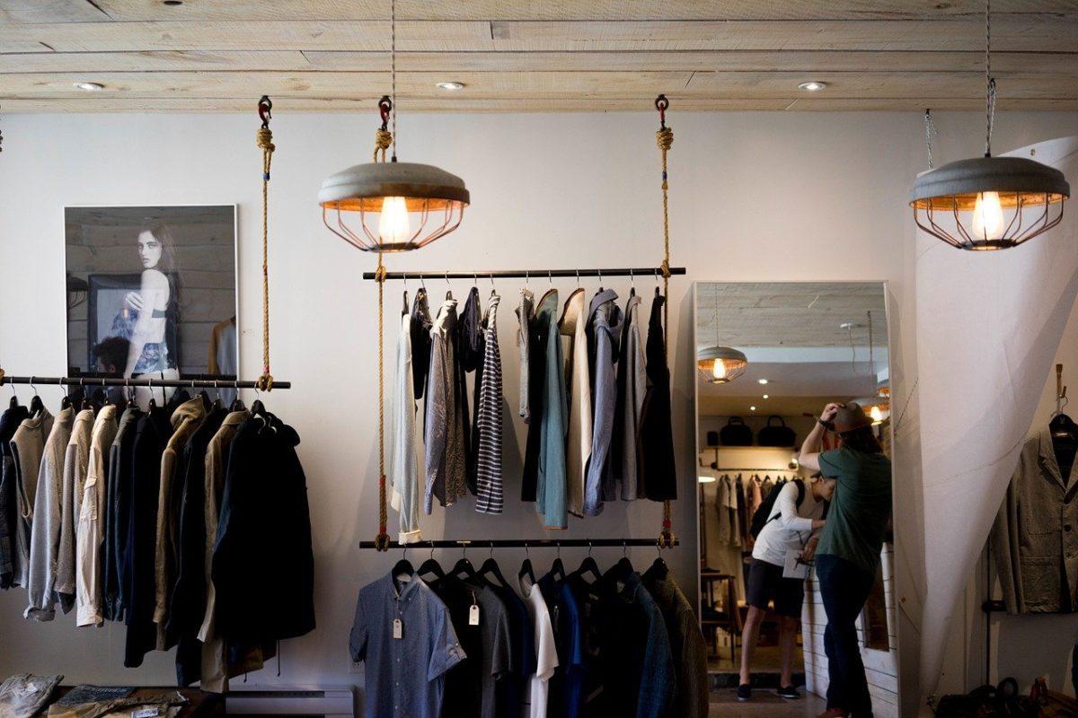 clothing 1623528302